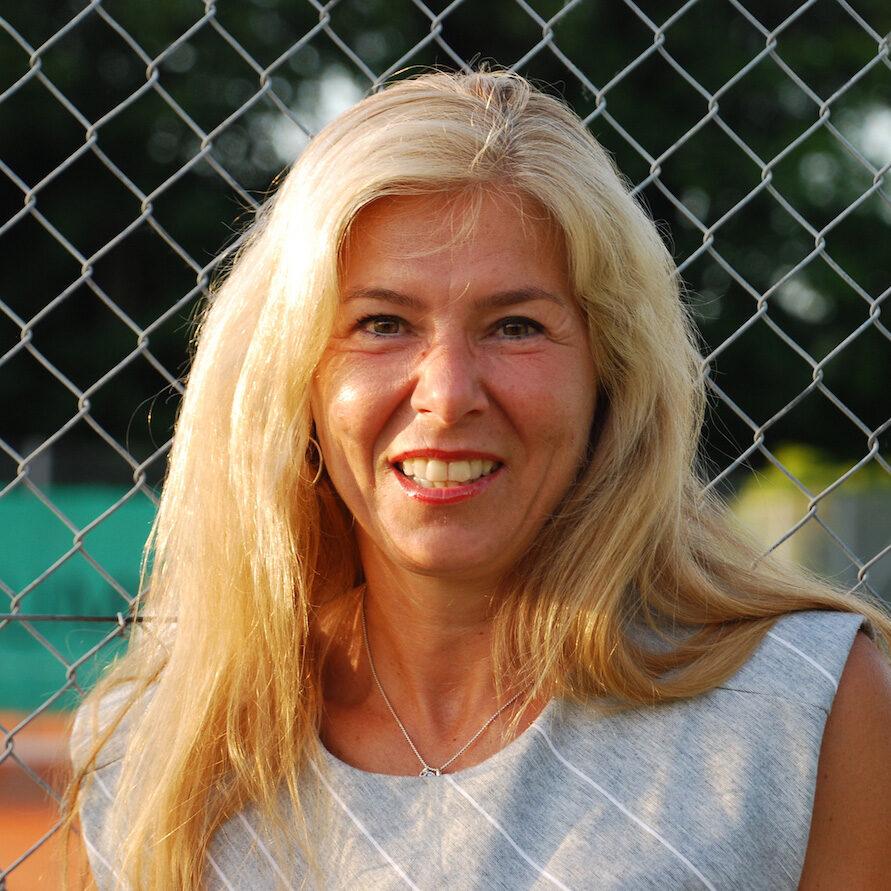 Ramona-Huenefeld
